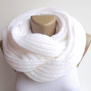 american eagle white scarf